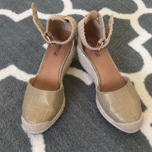 Sperry Topsider Gold Wedges